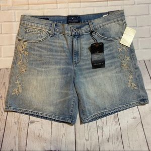 Lucky Brand Floral Embroidered Jean Shorts NWT